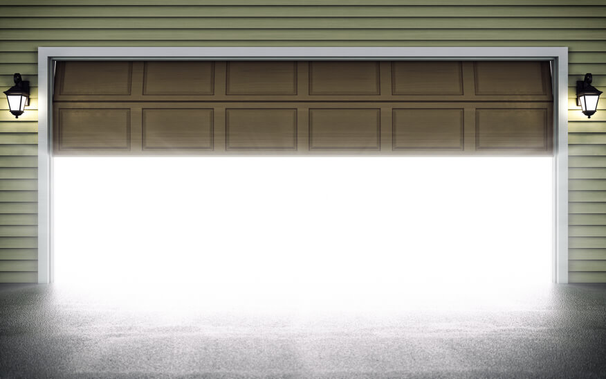 What You Should Know to Avoid Being Injured by Your Garage Door